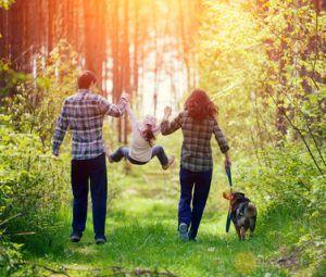 Datenschutz Familie mit mutistischem Kind und Hund